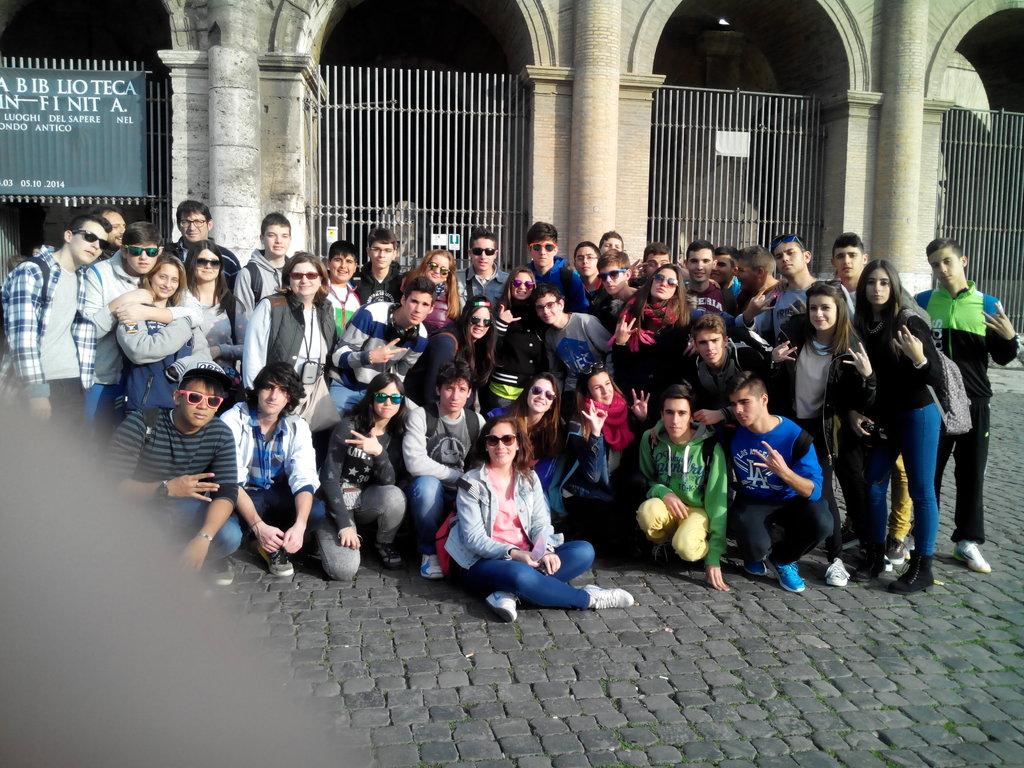 3. Coliseo (1)