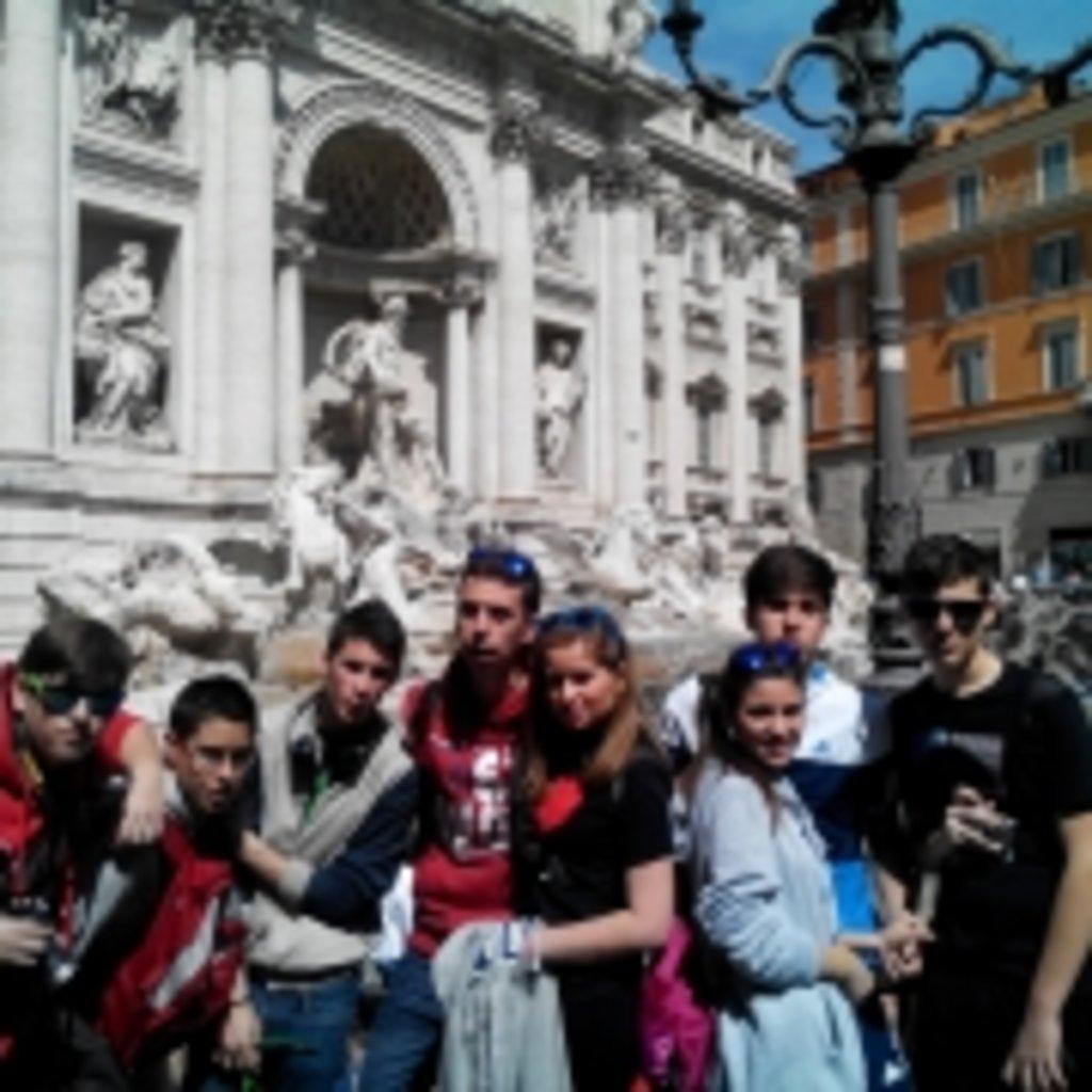 4.  Fontana de trevi (3)