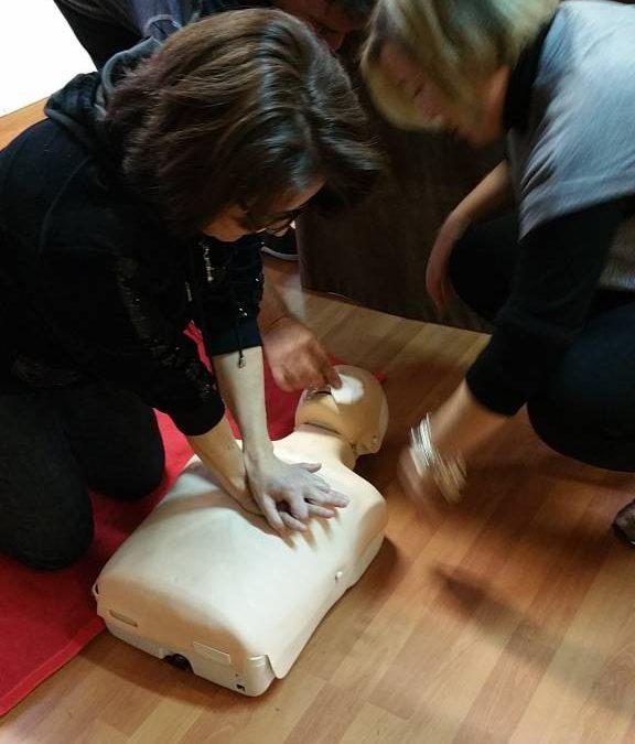 Jornada de primeros auxilios en el IES Maestro Padilla