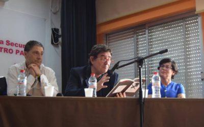 El gran escritor español LUIS GARCÍA MONTERO en el IES Maestro Padilla