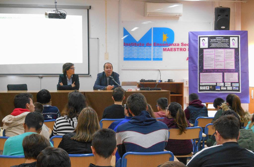 Charla sobre Andalucía por el diputado D. Andrés Samper Rueda